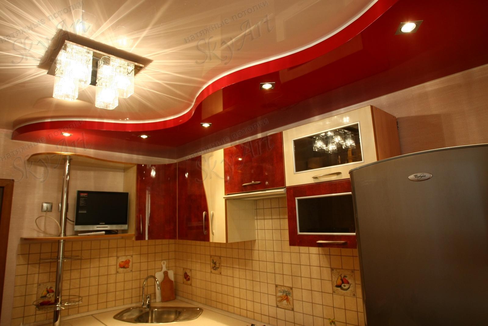 Дизайн двухуровневых натяжных потолков в кухне